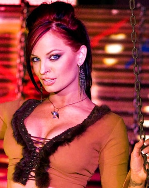 Christy Hemme looks good