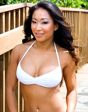 Gail Kim appeared naked in 2005