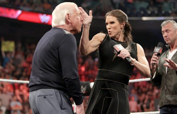WWE RAW Viewership Down with Contract Signing In the Main ...